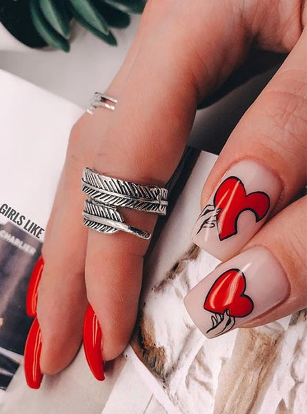 Handheld Heart Nail Design