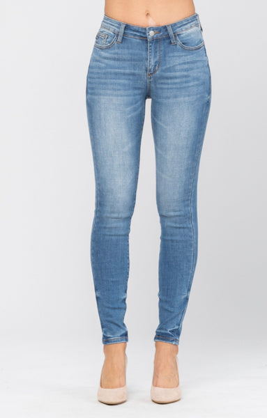 Judy Blue Pin-Tacked Non Distressed Skinny Jeans