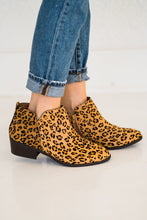 Load image into Gallery viewer, MIA Jaymi Bootie in Leopard