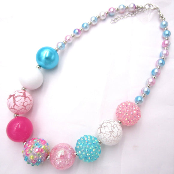 Cracked Bubblegum Beaded Necklace - StarSailyrBoutique