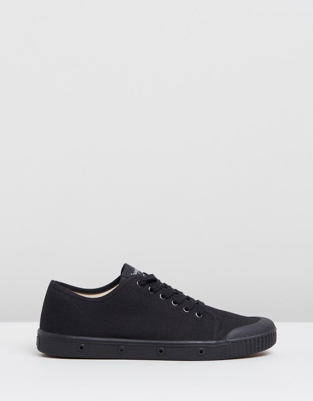 Spring Court G2S 1003 Classic Canvas Black Low