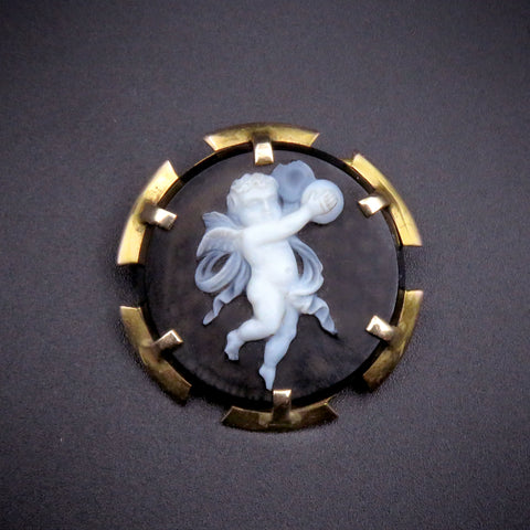 9ct Gold Antique French 1814 Hardstone Cameo Cupid Brooch