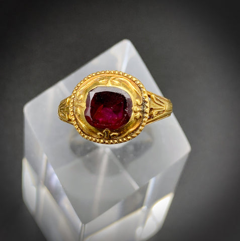 Georgian Antique 18K Gold & Foiled Flat-top Garnet Ring