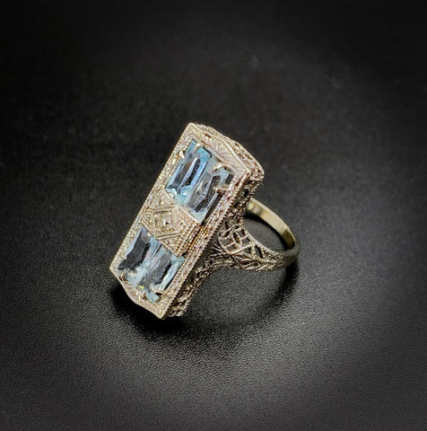 14k Vintage 1940s Art Deco Diamond & Aquamarine Ring