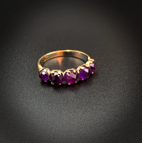 14K Gold Amethyst Iliandra 5 Stone Band Ring