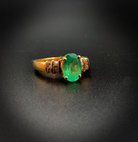18k Emerald and Diamond Estate Ring