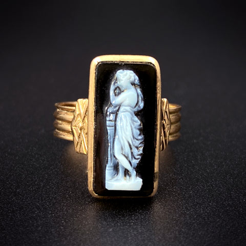 Antique 14K Hardstone Agate Bas-Relief Cameo Ring