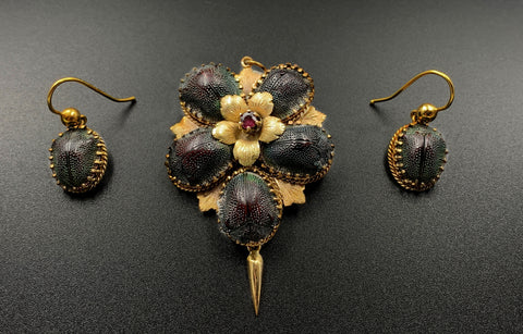 SOLD-Rare Victorian Scarab Brooch 1890's 14k Gold Beetle Set With Almandine Garnet