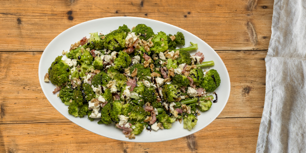 Healthy Low Carb Broccoli and Walnut Salad