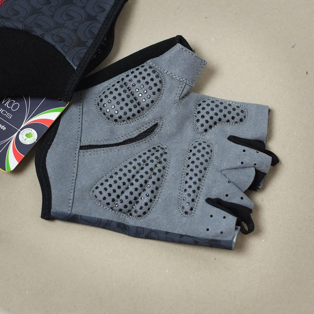 "Chesini ""3 Cs"" Gloves"