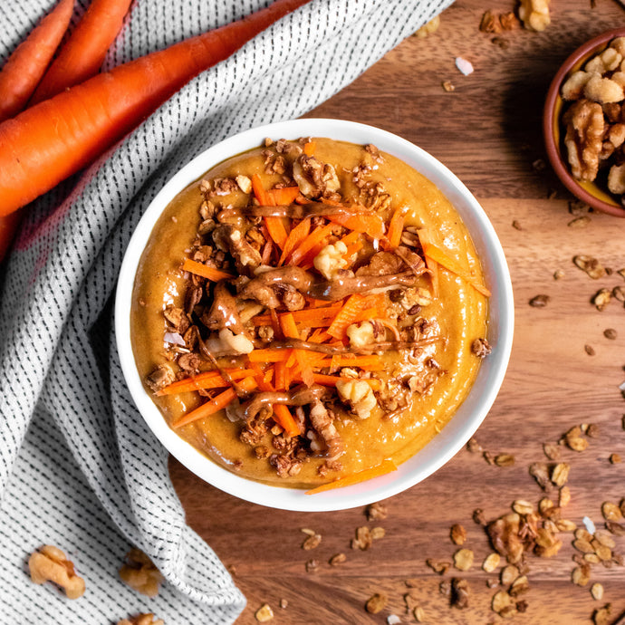Smoothie bowl caramel salé, carottes & noix||Smoothie bowl salted caramel, carrots & nuts