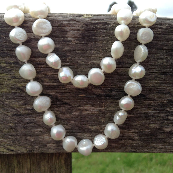 Natural Freshwater Pearl necklace handknoted