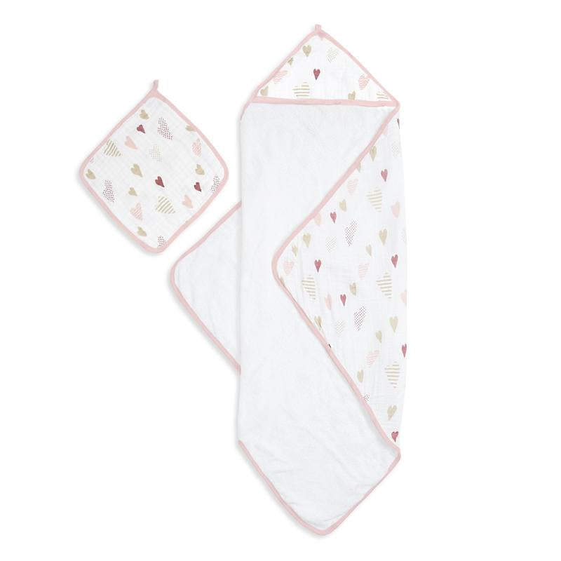 Heartbreaker muslin backed hooded towel set