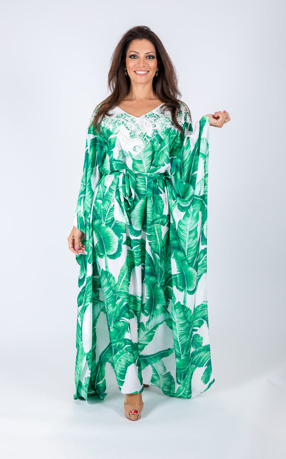 Kaftan with lace on the neck line.