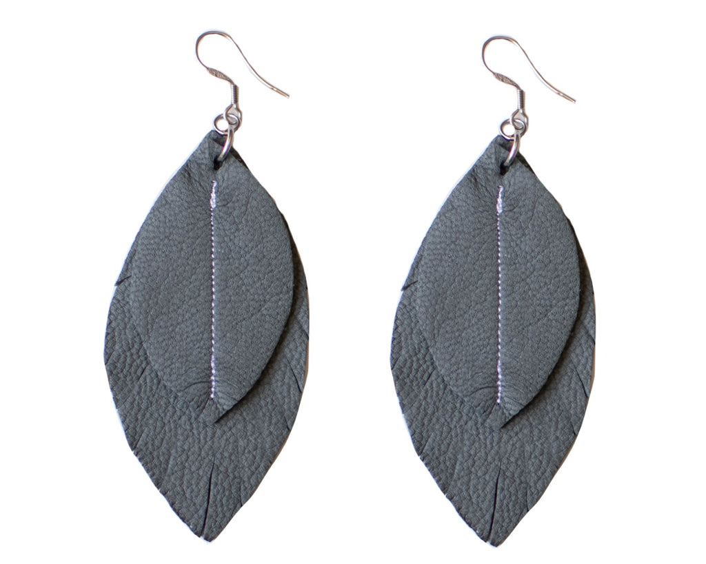 Single-Tone Feather Earrings - Grey