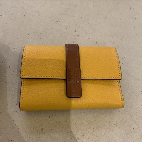 LOEWE Small Vertical Wallet in Soft Grained Calfskin - 124.12.S86 * £425