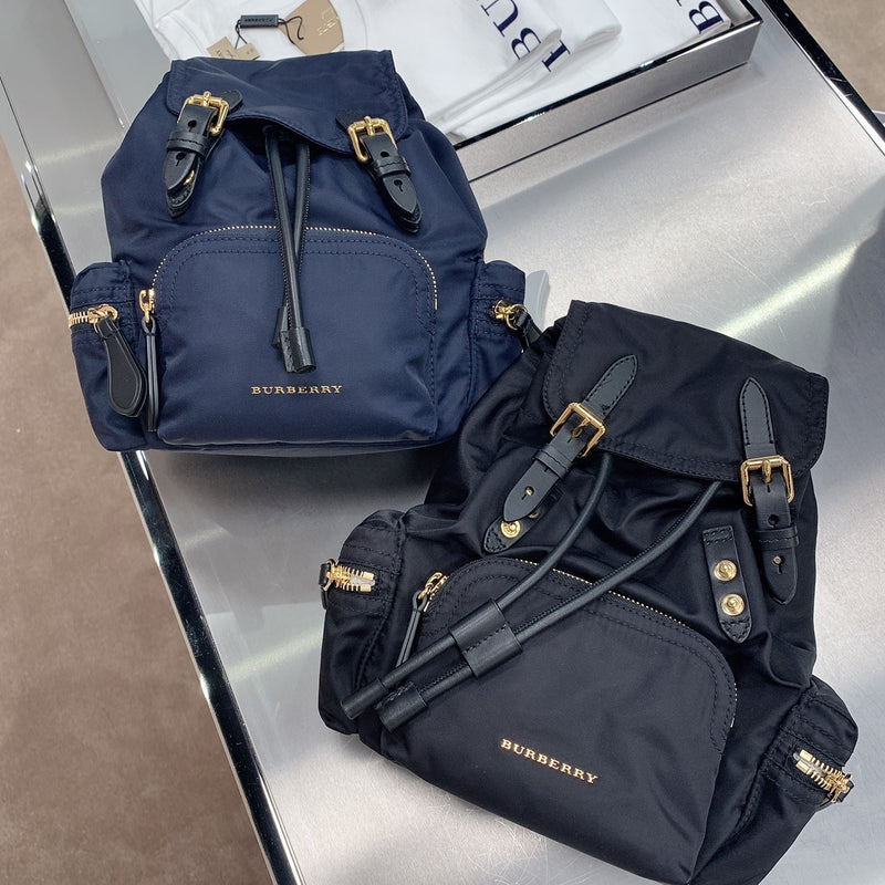 Burberry Small Backpack小款後背包 - 40759731 * £439