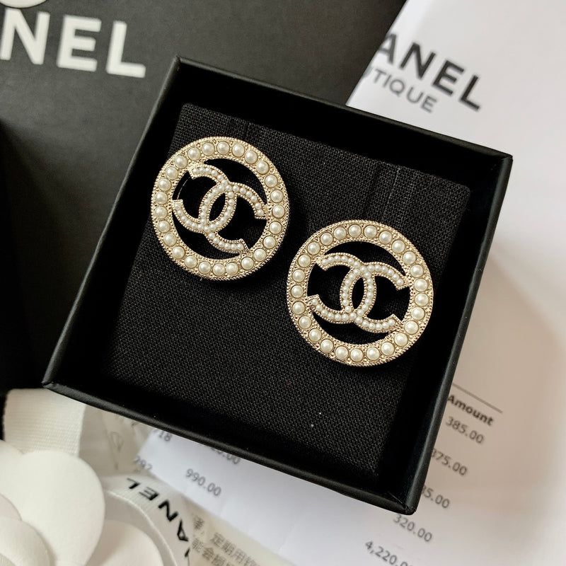 Chanel CC Pearl Circle Earrings - A99071 * £375
