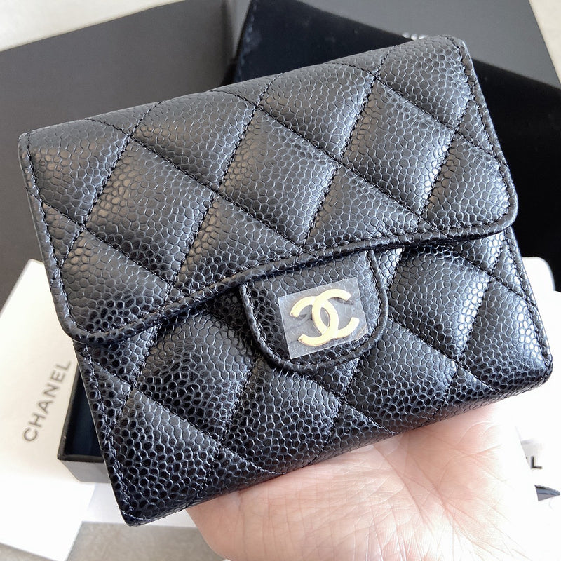 Chanel Classic Small Flap Wallet 經典三摺黑短夾 - AP0231  * £700