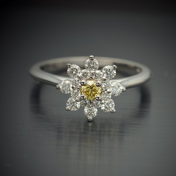 18K Gold Starburst Ring with Rare Canary Yellow Center Diamond & White Diamond Accents - FlawlessCarat