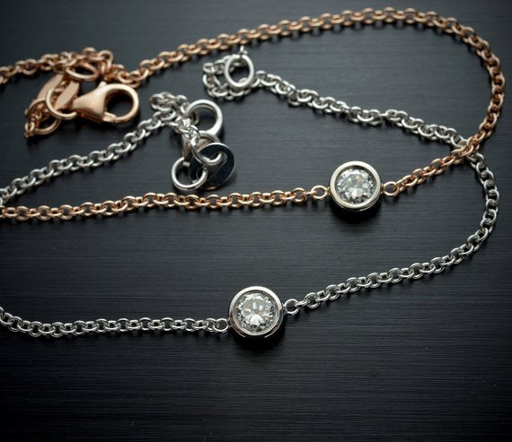 Diamond bracelet with single stone and bezel set with cable chain - FlawlessCarat