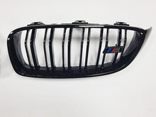 Load image into Gallery viewer, BMW M2 grille Gloss Black M2 Style