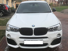 Load image into Gallery viewer, BMW F25 X3 Kidney Grilles Gloss Black New Twin Bar Design