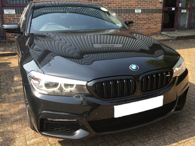 BMW 5 Series G30 Twin Bar Gloss Black Grilles M5 Style