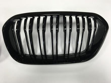 Load image into Gallery viewer, BMW 1 Series Twin Bar Black grilles