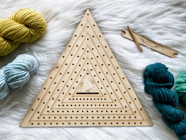 Triangle Weaving Loom Set