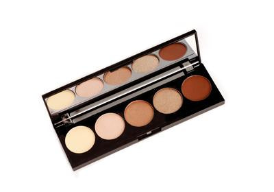 Ayu Glamour eye shadow palette