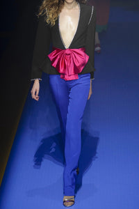GUCCI-Bow and crystal-embellished crepe jacket Straight from the runway.