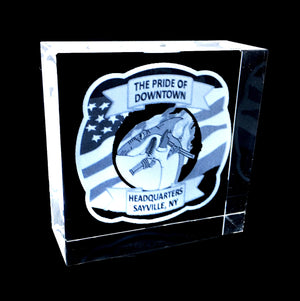 "HIGHLY POLISHED SQUARE OPTICAL  CRYSTAL WITH 3D IMAGES  3""x3""x1.5"""