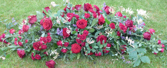 Double Ended Spray of Red Roses