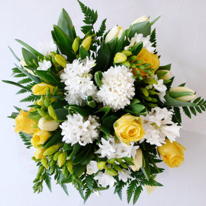 Posy in Yellows and Whites