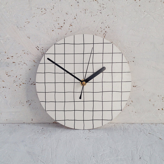 Grid wall clock