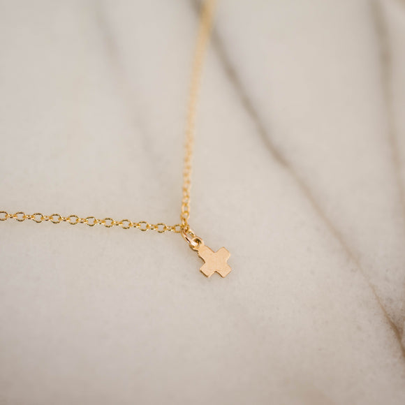 Delicate Gold Cross Bracelet