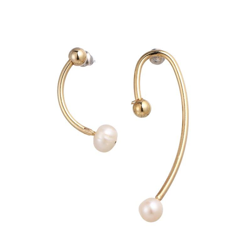 In A Perfect World IAPW Cera gold bar rod pearl earring