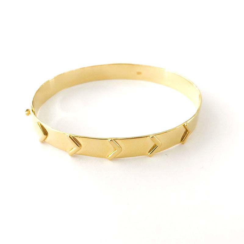 Arrow Pattern Bangle Bracelet