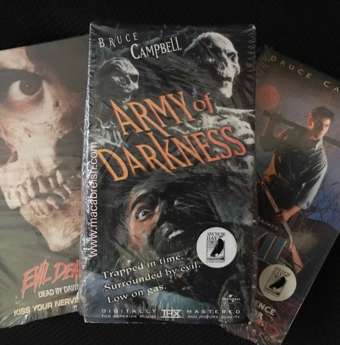 Macabre...ish Horror Review: Army of Darkness