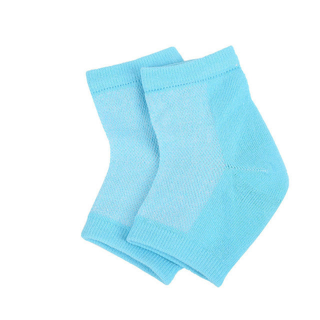 heel treatment socks are designed to fit most sizes of feet for both men and women.