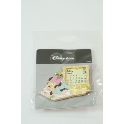 Disney Store Japan Pin Le 1100 2005 Calendar May Minnie Picnic Jds - K23Japan -Tokyo Shopper-
