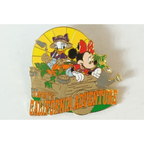 Disney World Pin California Adventure Minnie Daisy Dca - K23Japan -Tokyo Shopper-