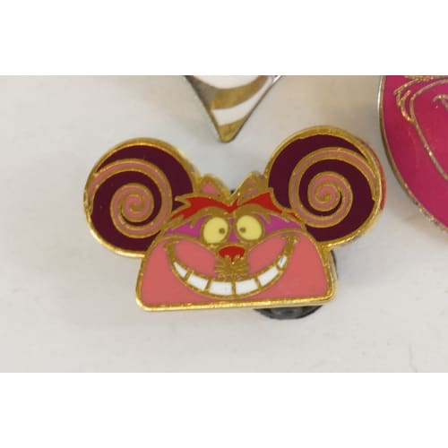 Disney World Pin Trading Cheshire Cat Set Alice In Wonderland - K23Japan -Tokyo Shopper-