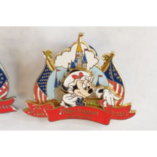 Disney World Pin Wdw 2000 Epcot Mickey Magic Kingdom Minnie - K23Japan -Tokyo Shopper-