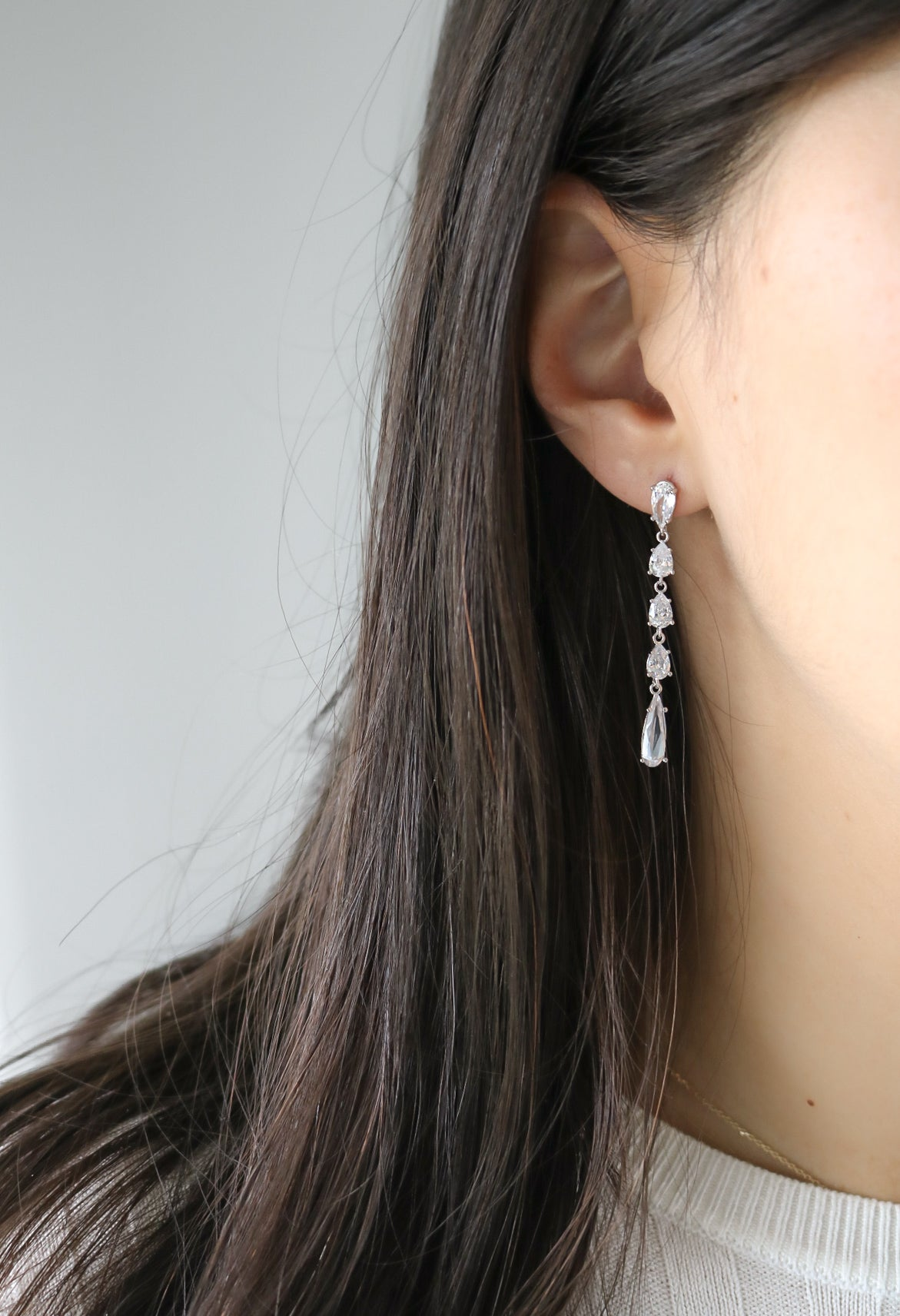 Pivione Earrings