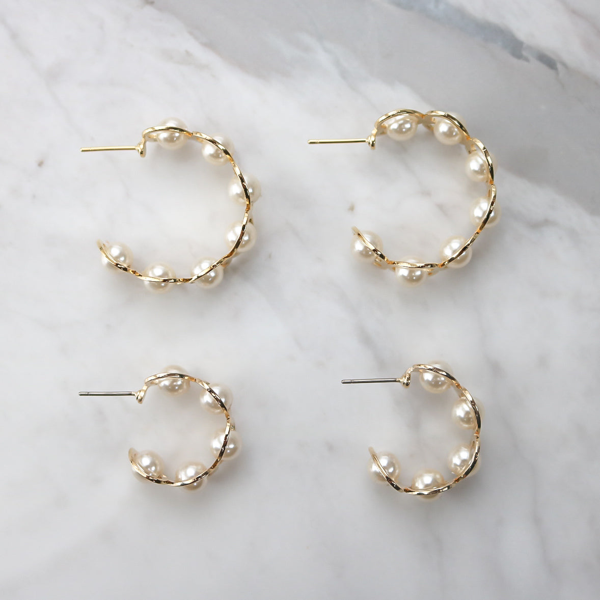 Vio Hoop Earrings