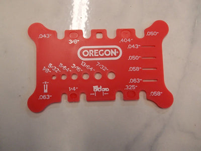 Oregon 556418 chainsaw chain tool checks Pitch and Gauge on bar and file size