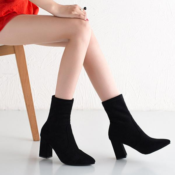 Pointed Toe Elastic Boots