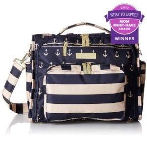 JuJuBe wins the MOM Must Have Award from the Best Diaper Bag in the 2017 What to Expect Awards